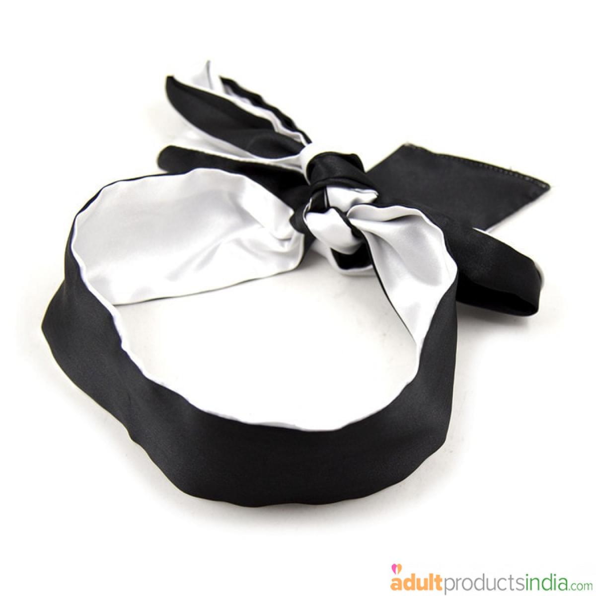 Silk Blind Fold - Black and White